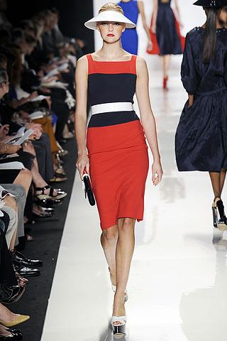Vestido fresco para el verano que le sienta de maravilla a Caroline Trentini