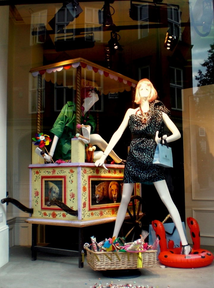 Lanvin: Window display June 3rd. week